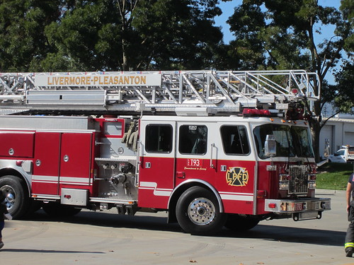 Livermore-Pleasanton Fire Department Truck 93 (T93)