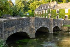 Swan Hotel Bridge by njjarvis