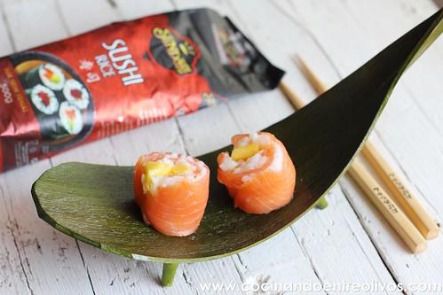 Makis de salmon ahumado y mango www.cocinandoentreolivos (15)