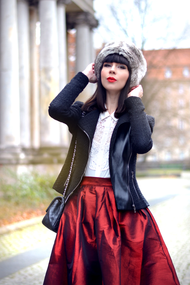 Choies Skirt Menbur Shoes Sojeans Jacket Russian Chic outfit 2