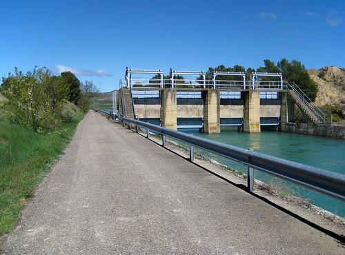 Canal Bardenas (Almenara de Galbarra en Castiliscar)....  **Zaragoza**