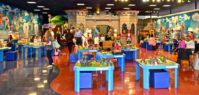 Playmobil fun park, west palm beach - play stations