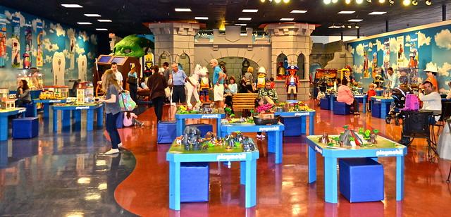 Playmobil fun park, west palm beach - play stations