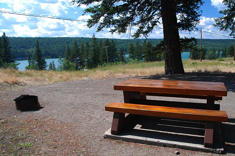 Campground at Lac La Hache Provincial Park, Lac La Hache, Hwy 97, Cariboo, British Columbia, Canada