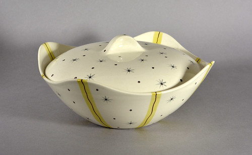 'Hollywood' by Jessie Tait for Midwinter Pottery