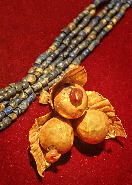 Lapis lazuli necklace with gold berries pendant recovered from the royal cemetery of Ur, Iraq 2550-2450 BCE