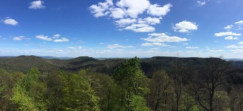 Parc naturel régional des Vosges du Nord. On voit les choses en grand.