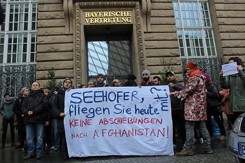 Protest gegen Abschiebungen nach Afghanistan, Bayerische Landesvertretung