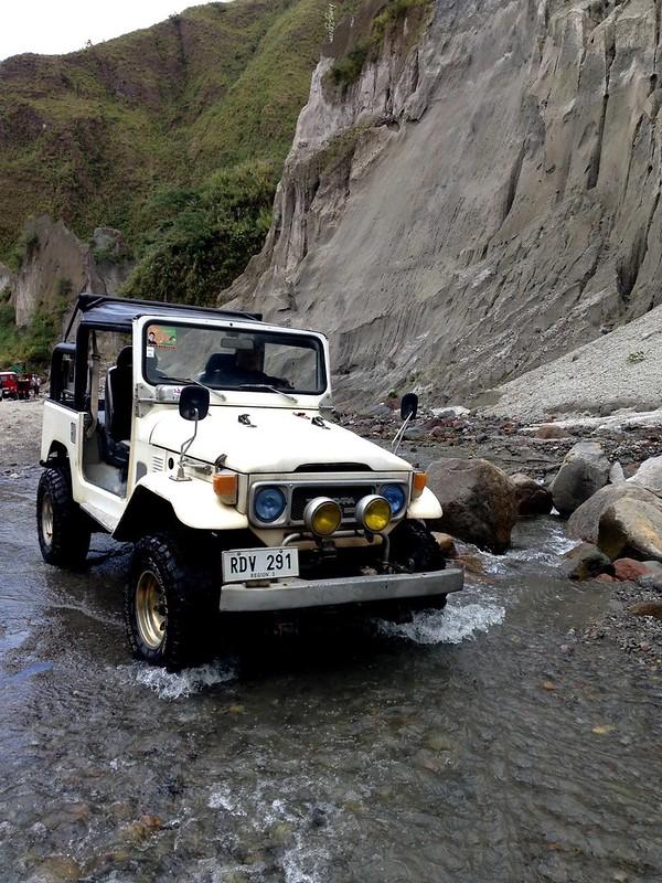 huong2go_pinatubo_jeep1
