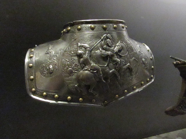 Gorget, 1600-25 (3)