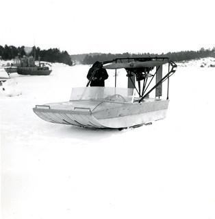 Hydrokopteri ja sen omistaja vuonna 1965