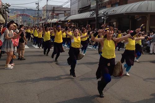 セントラルグループ踊り子隊 by haruhiko_iyota