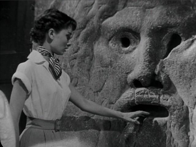 Audrey Hepburn en la película  Boca de la verdad de Roma - 9496316480 5e82545231 z - Boca de la verdad de Roma
