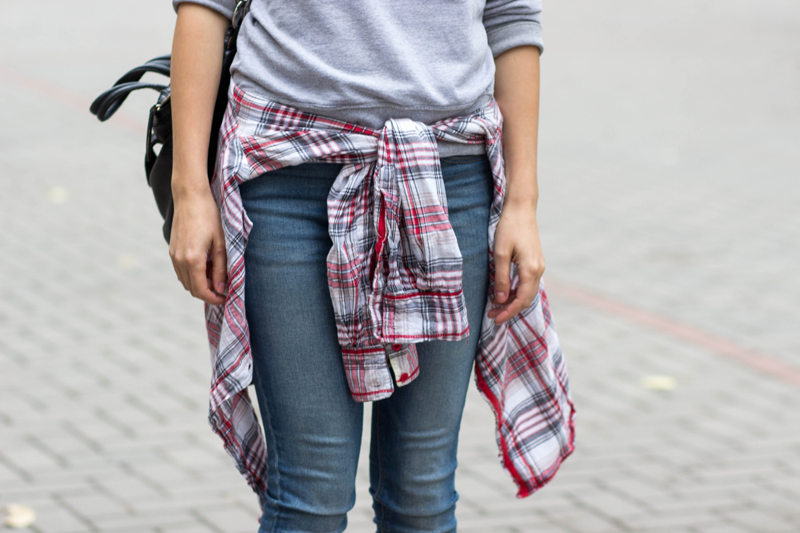 sweatshirt and plaid