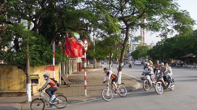 Cycling around West Lake (Hồ Tây), Ha Noi
