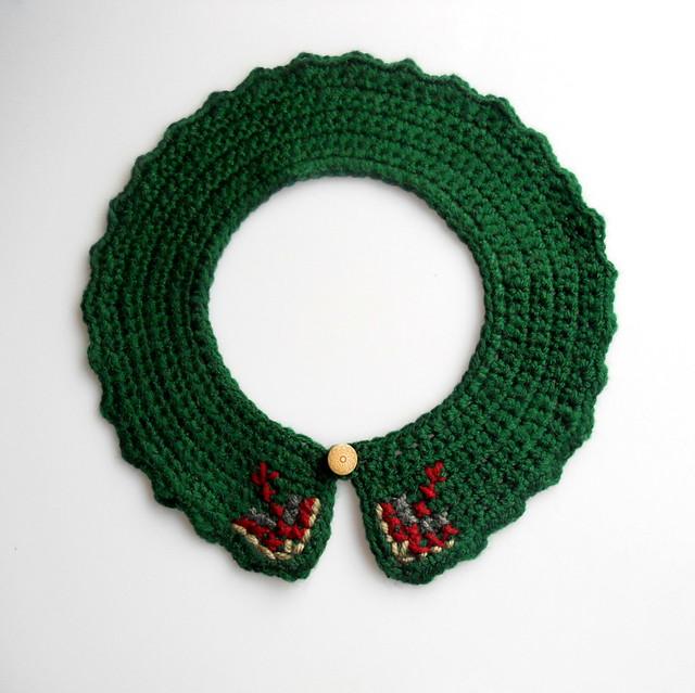 Cuello crochet y bordado