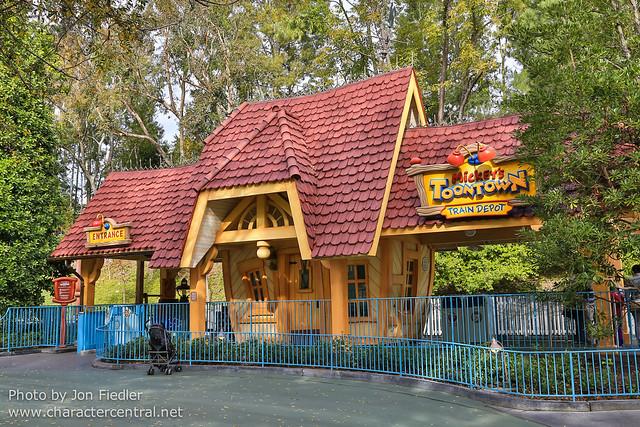 Disneyland Jan 2013 - Wandering through Fantasyland