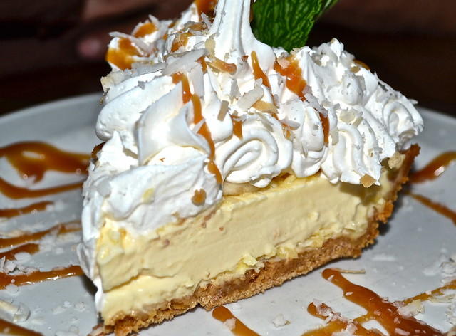 JB's on the Beach restaurant, Deerfield Beach, Florida - banana cream pie