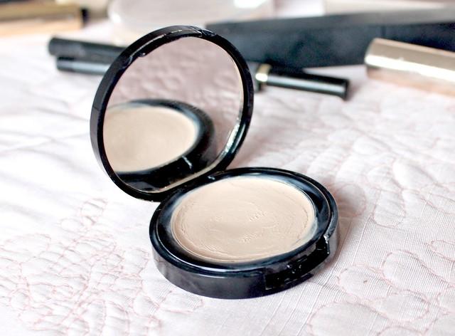2013 Concealer Favourite, Seventeen Phwooar Paint Concealer, 2013 Beauty Favourites