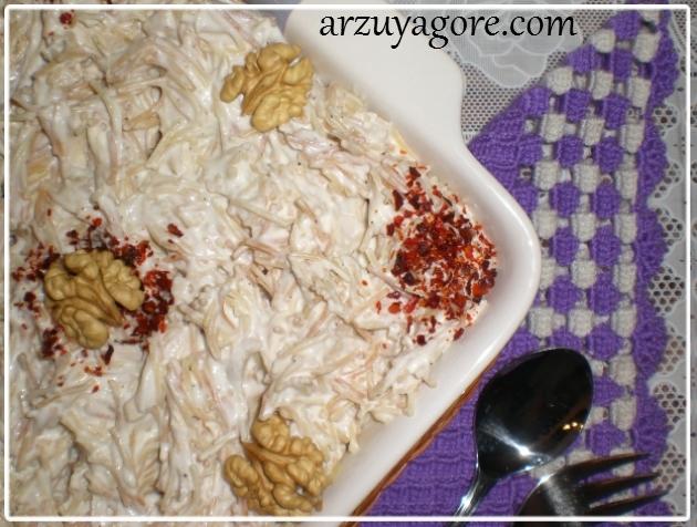 tavuklu yoğurtlu tel şehriye salatası-0