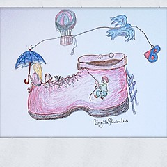 My space. #crazyart #byblogfia #surrealart #surreal #art #dreaming #space #dogs #cats #shoe #umbrella #baloon #space #spot #feelinggood #funallthetime