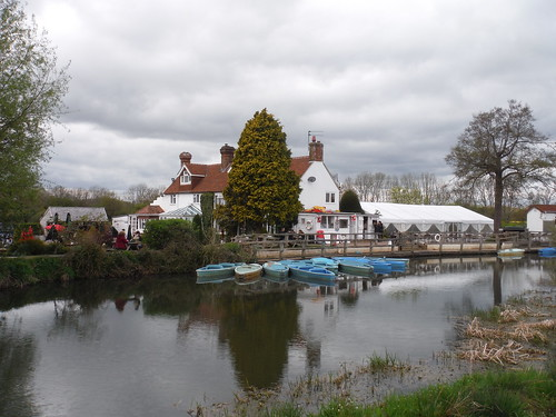 The Anchor Inn & Boating on the River Ouse