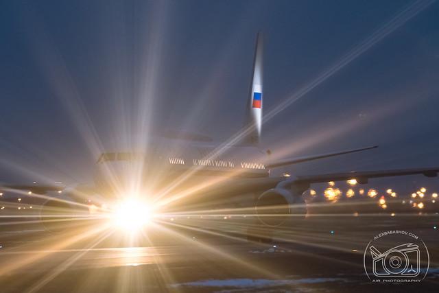 Tupolev Tu-214 at Pulkovo Airport, Saint-Petersburg