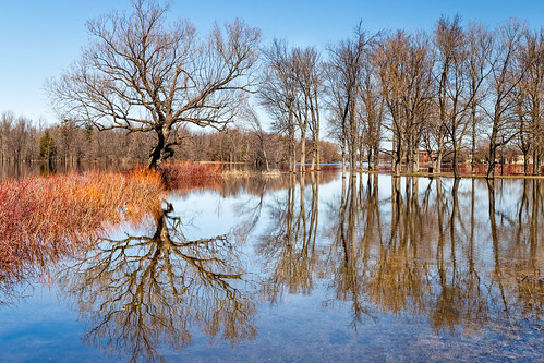 carletonplace flooding mississippiriver riversidepark explored