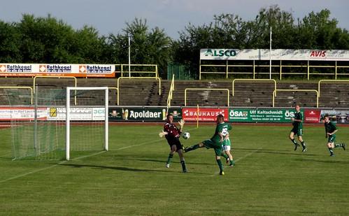 DSC06506 SV Merseburg 99 v TSV Leuna (veterans football).