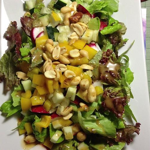 Lunch: peanut salad. Mesclun, radish, cucumber, pepper, peanuts, peanut vinaigrette  #vegan #veganfoodshare