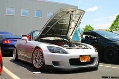 automobile(1.0), automotive exterior(1.0), wheel(1.0), vehicle(1.0), performance car(1.0), automotive design(1.0), rim(1.0), honda(1.0), honda s2000(1.0), bumper(1.0), land vehicle(1.0), coupã©(1.0), supercar(1.0), sports car(1.0),
