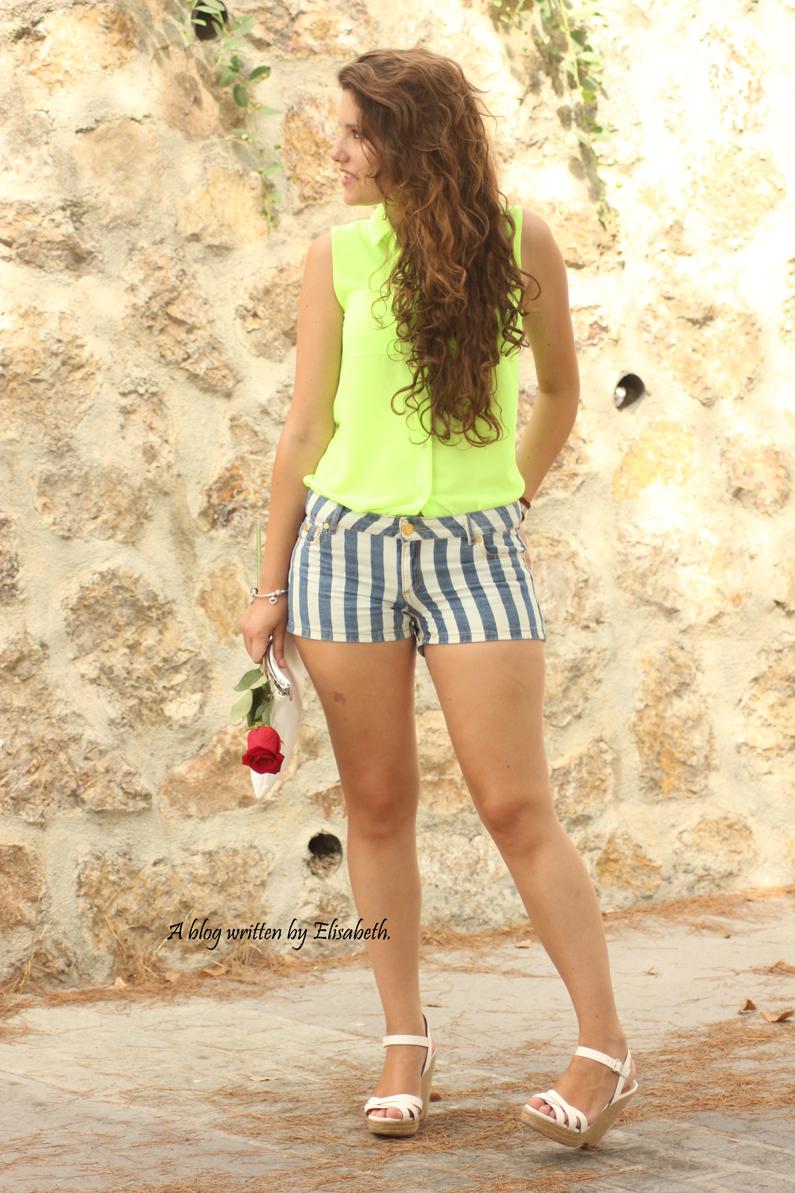 Pantalones-cortos-con-rayas-(1)