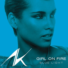 Alicia Keys – Girl On Fire (Blue Light Version)