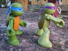 Nickelodeon  TEENAGE MUTANT NINJA TURTLES :: NINJAS in TRAINING, LEONARDO & DONATELLO vii (( 2013 ))