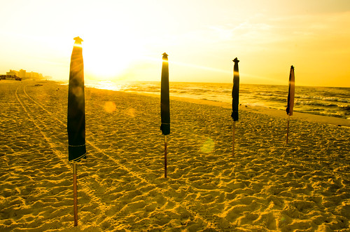 florida destin umbrellas beach sand gulf sunrise morning gulfofmexico water serene waves