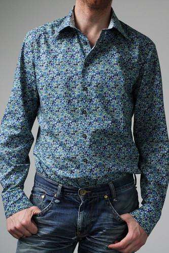 nieuw hemd en oude jeans