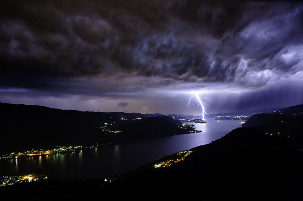 Lake Orta Italy - Source : Riccardo Criseo / National Geographic pictures contest