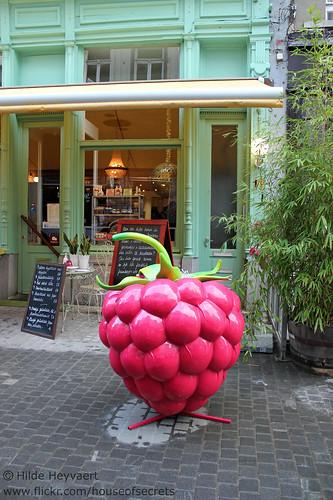 Random giant raspberry