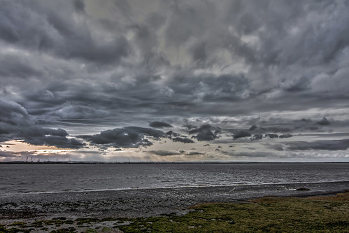 sea industry water weather clouds liverpool waterfront horizon marsh cloudscape merseyside rivermersey halevillage nikond7100 tokina1116mkll