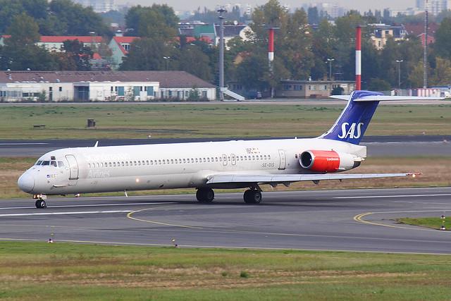 SAS - MD82 - SE-DIS (1.2)