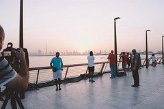 All nice locations in UAE are always full of photographers . . . #dubai #indubai #dubaiphotographers #dubailife #whattodoindubai #dubaicreekharbour #burjkhalifa #photographers #weekend #mydxb #gcc #exploredubai #dubaipeople #justbeforesunset #traveldubai
