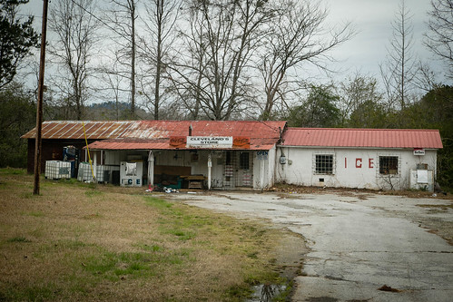 canon 6d 24105mml lens tugaloo river stephens co georgia old country store road rural southern america vanishing rustic landscape abandoned neglected nostalgic clevelands cocacola sign southernlife