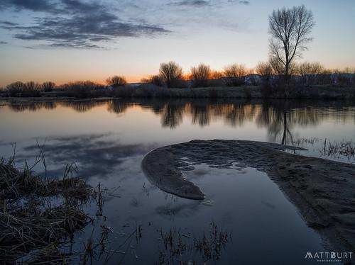 calm reflection sunset tomichicreek water