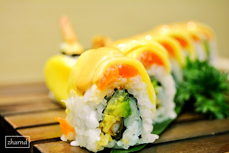 Mango Delight Roll