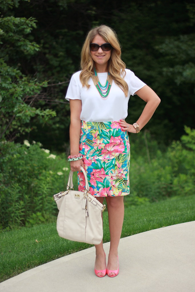 LOFT Tropical Floral Pencil Skirt Outfit