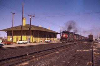 An SP westbound passing the old Demong NM depot.