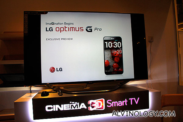 Preview of LG Optimus G Pro in Singapore