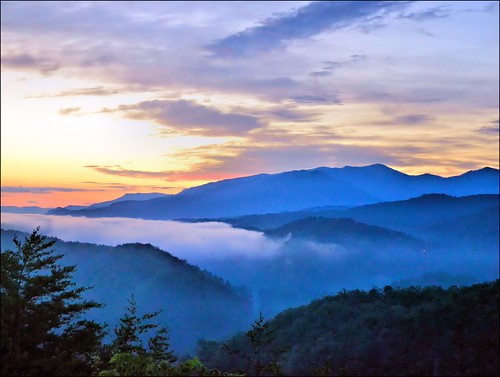 morning mountains clouds sunrise landscape greatsmokymountains autofocus gatlinburgtennessee corelpaintshoppro seviercountytennessee nikond3100 nikkor70300afsvrlens