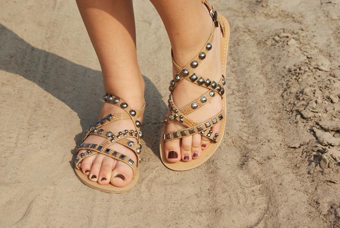 beżowe sandały na lato jakie buty kupić