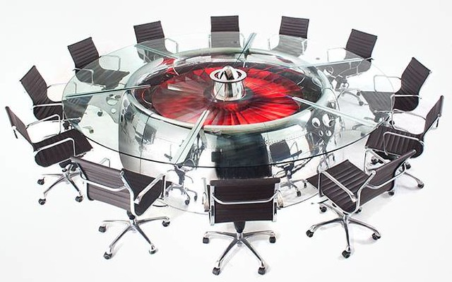 Boeing-747-Conference-Table-normal (1)